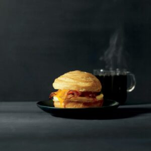 smoked-bacon-sandwich.jpg.size.custom.crop.797x650